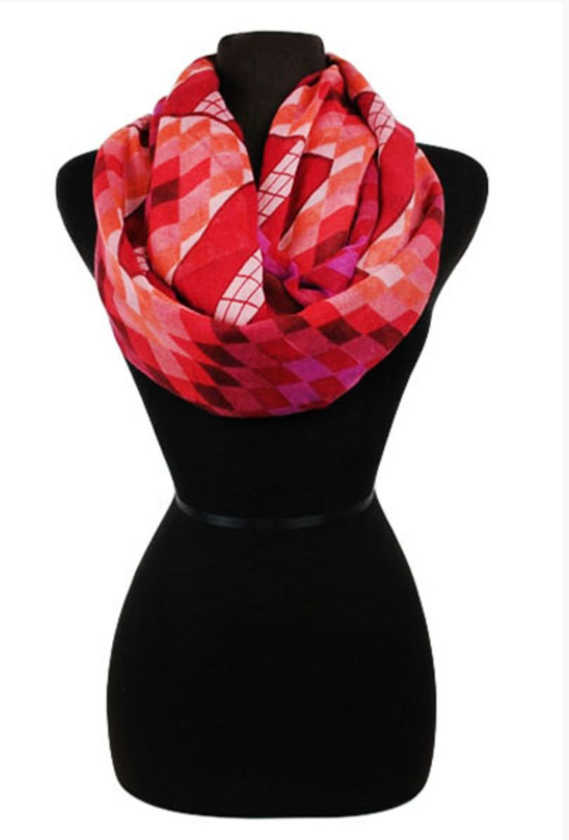 Geometric Checkered Infinity Scarf